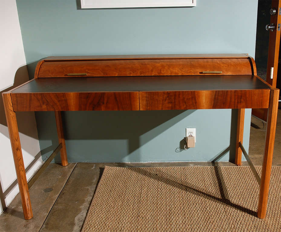 Vintage Hekman Roll top Desk at 1stdibs