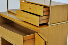 Paul McCobb cabinet for Calvin thumbnail 9