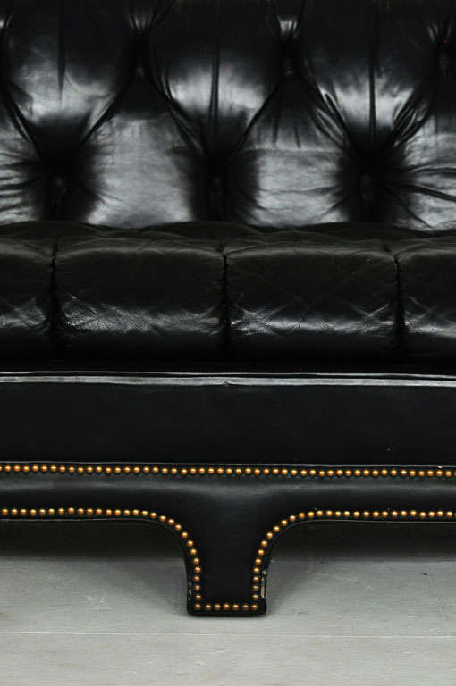 Black Leather Chesterfield Sofa 3