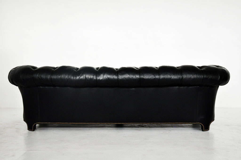 Black Leather Chesterfield Sofa 5