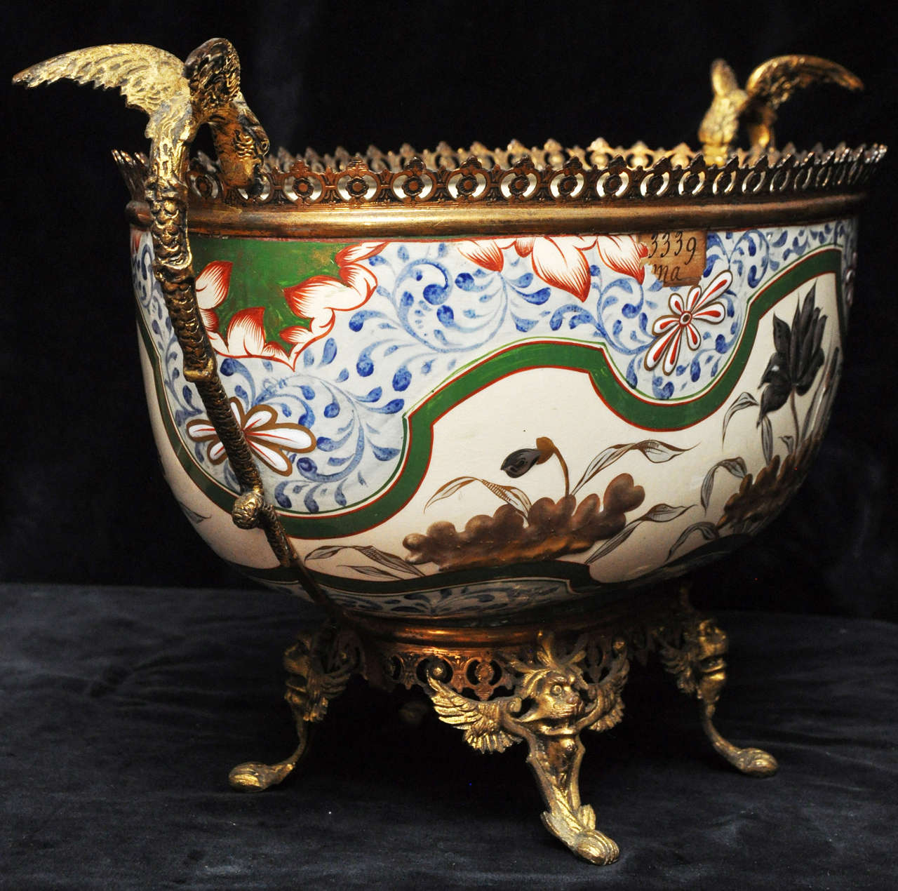 French Antique Porcelain and Gilt Bronze Center Bowl For Sale 4