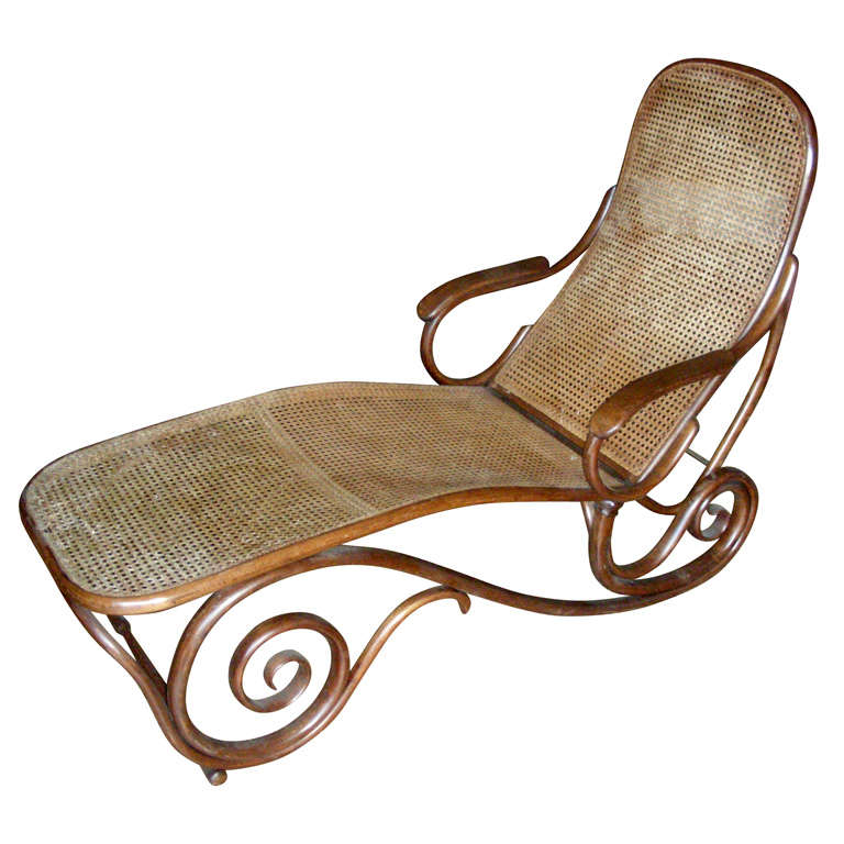 1900s rare chaise longue by thonet at 1stdibs. Black Bedroom Furniture Sets. Home Design Ideas