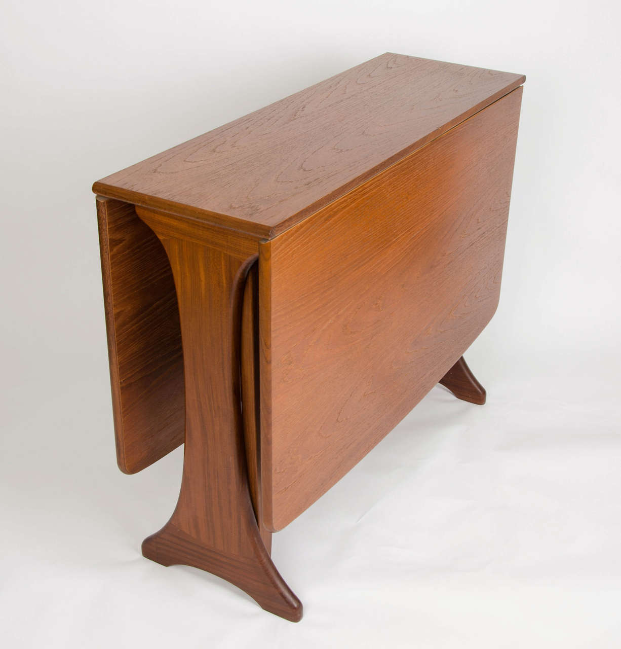 Maple Heywood Wakefield Drop Leaf Dining Table 1950s