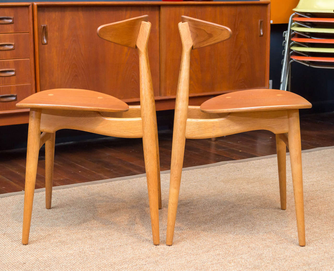 Danish Hans J. Wegner CH33 Dining Chairs For Sale
