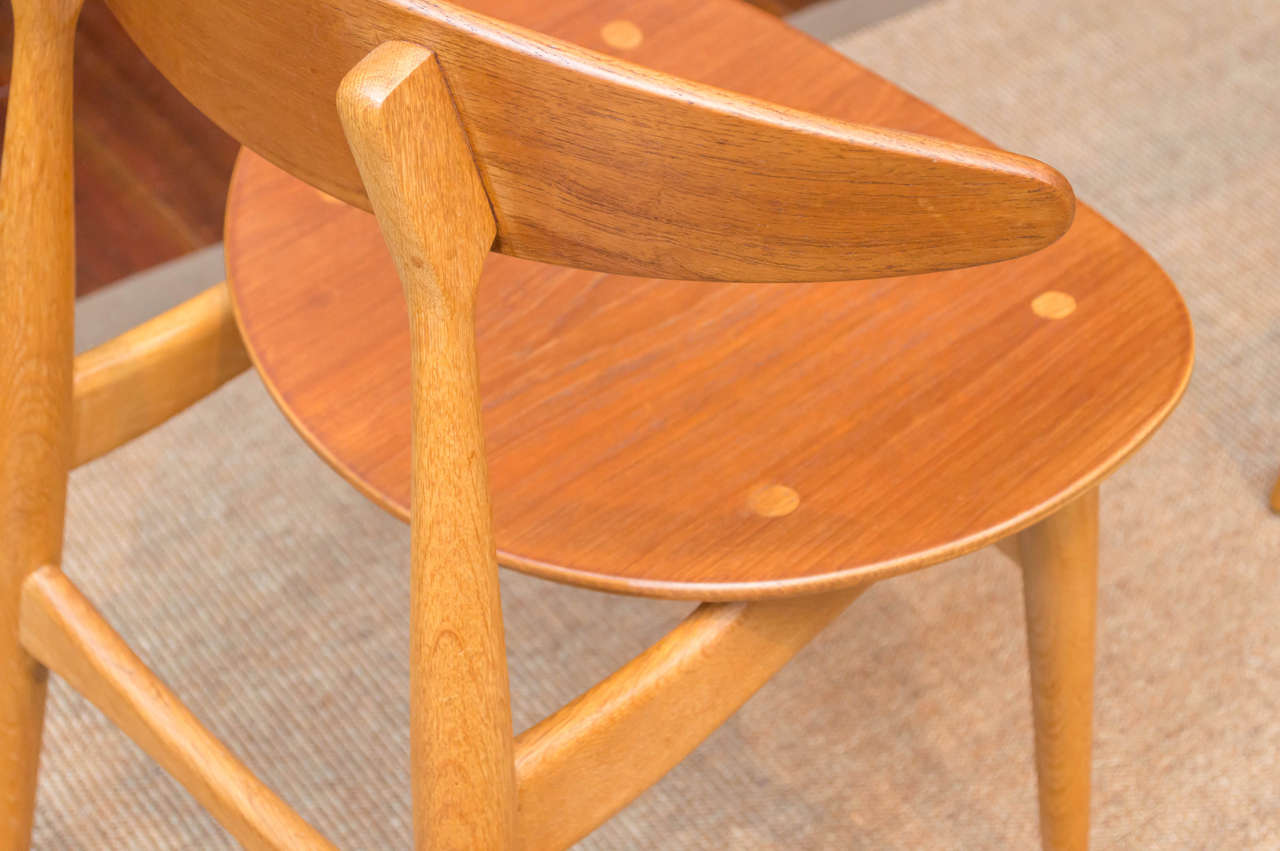 Hans J. Wegner CH33 Dining Chairs For Sale 1
