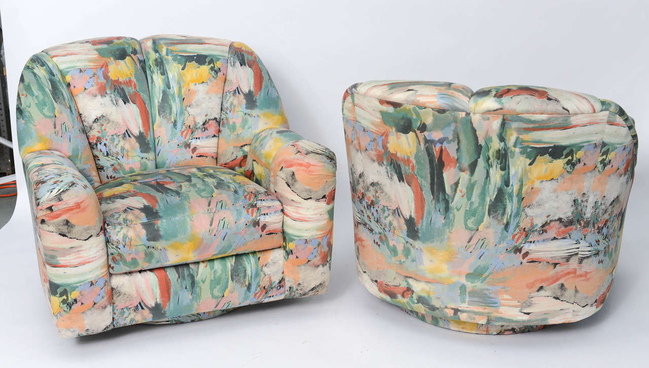 Modern Exceptional 1980s Directional Swivel Lounge Chairs