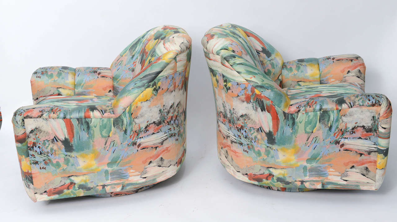 20th Century Exceptional 1980s Directional Swivel Lounge Chairs