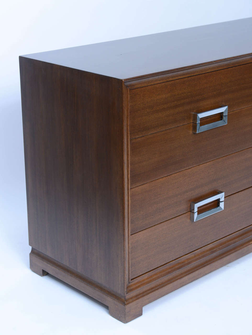 Mid-20th Century Fine 1950s Paul Frankl Style Mahogany Dresser by Red Lion For Sale