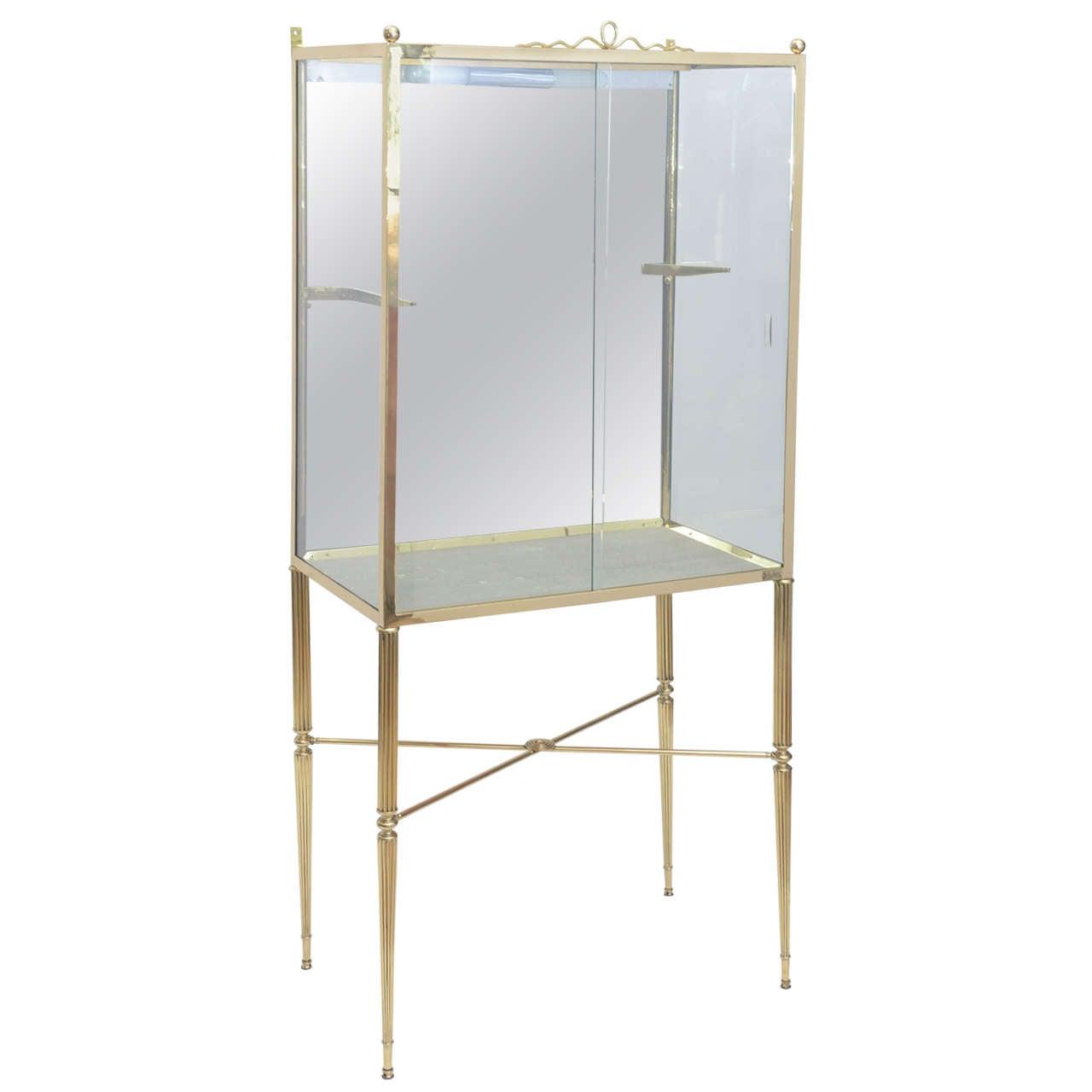 glass vitrine