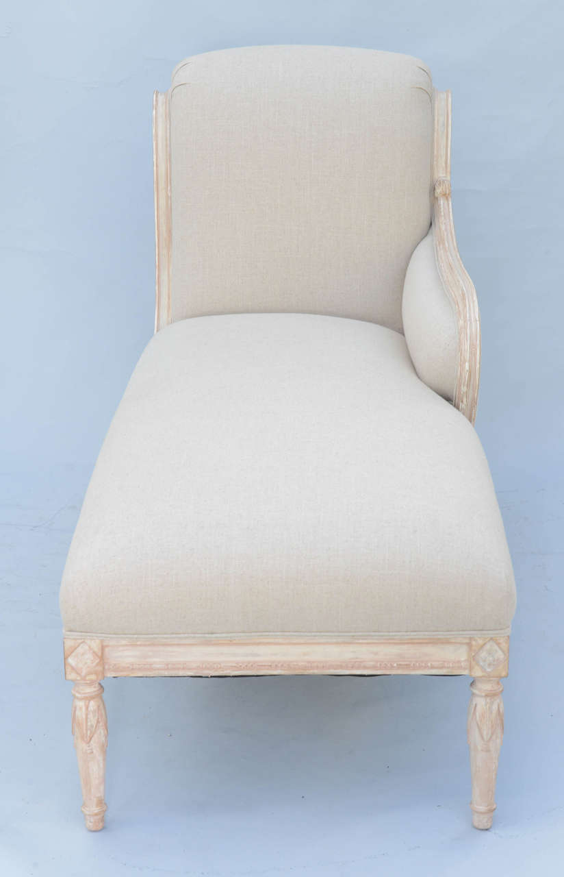 Louis xvi style recamier chaise at 1stdibs for Chaises louis xvi occasion
