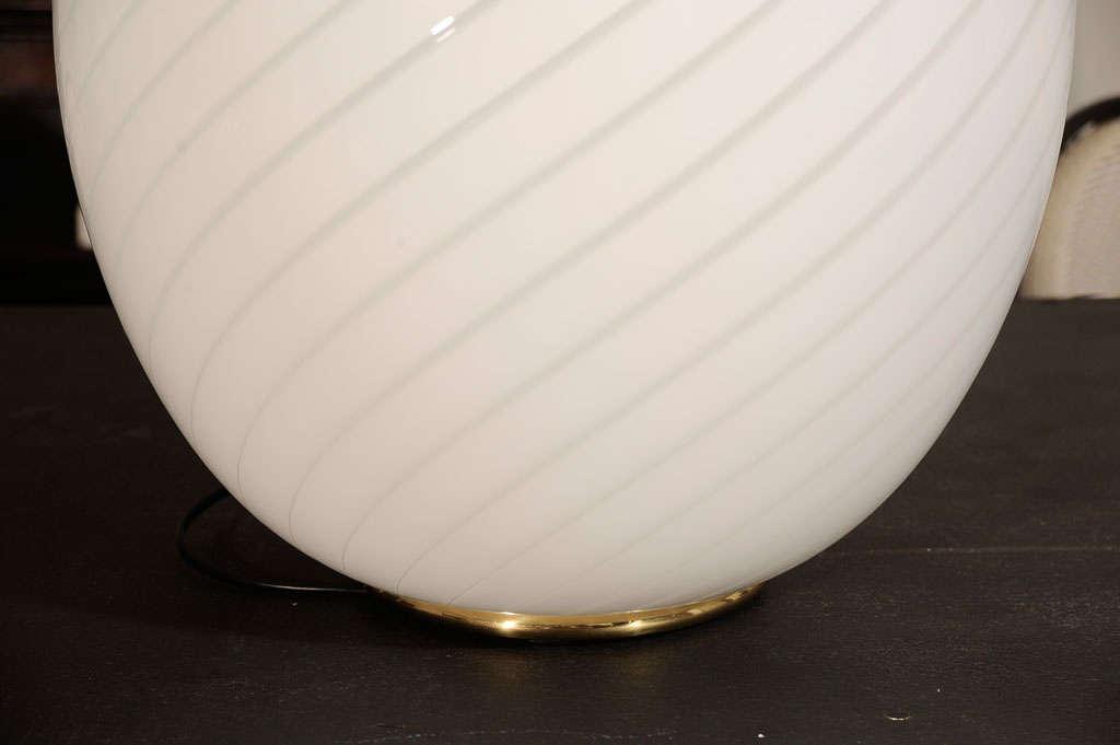 Swirled Murano Glass Egg Lamp 3