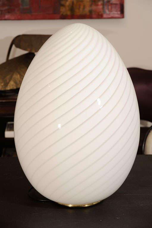 Swirled Murano Glass Egg Lamp 6
