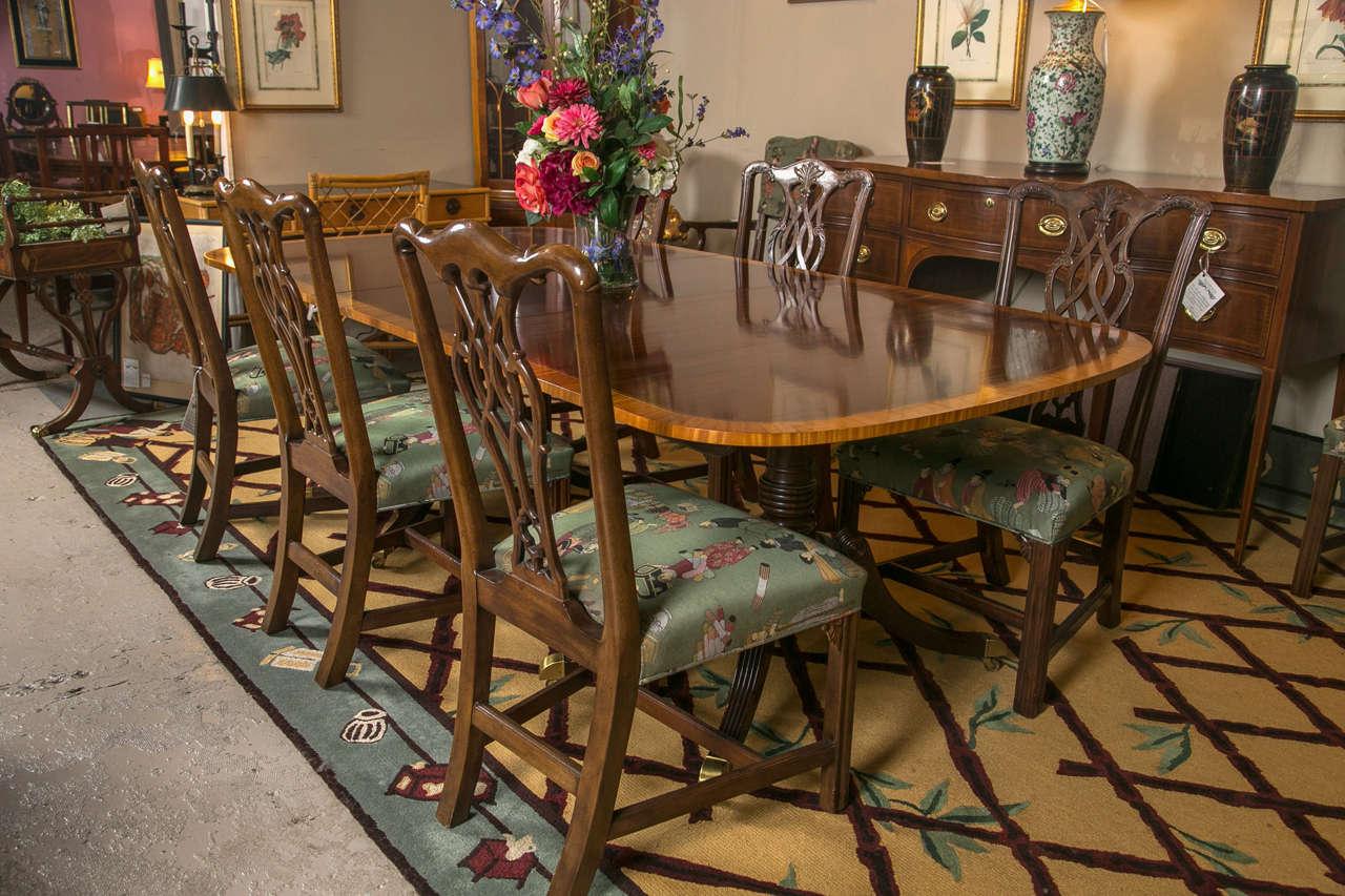 Georgian Fine Baker Satinwood Banded Dining Table For Sale