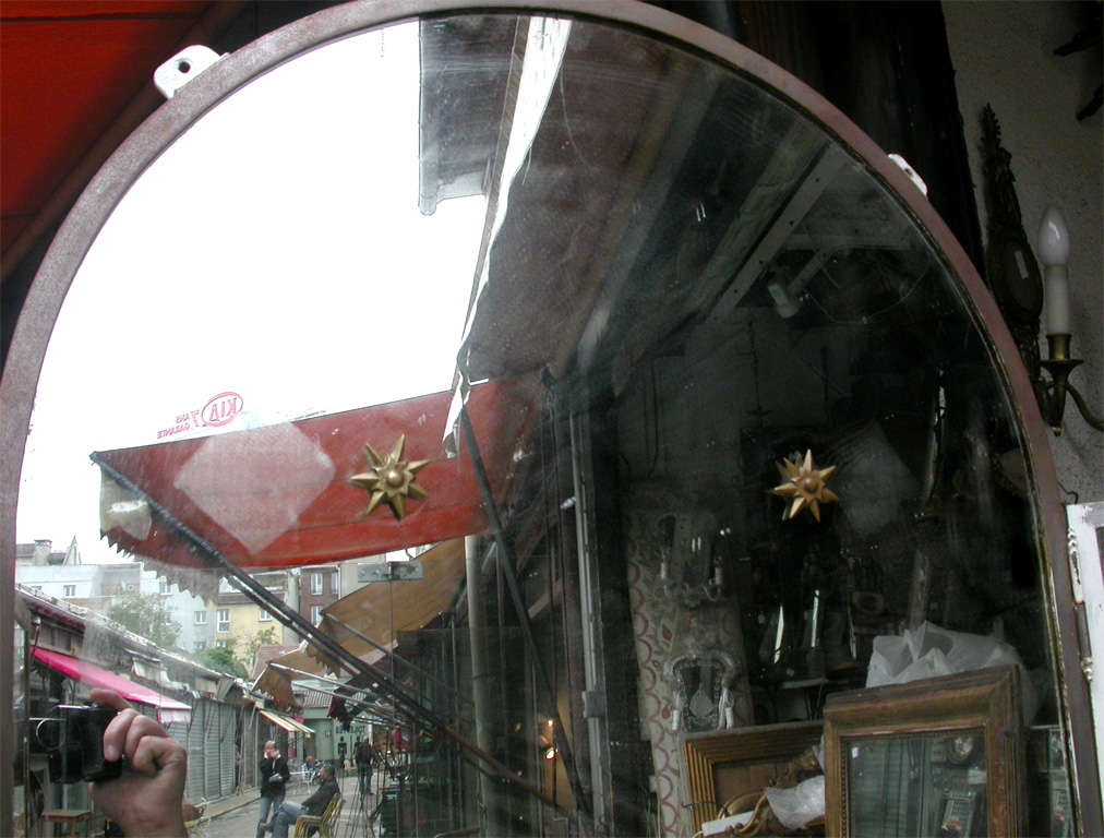 1940s Iron and Mirror Three-Panel Screen In Good Condition For Sale In Paris, FR