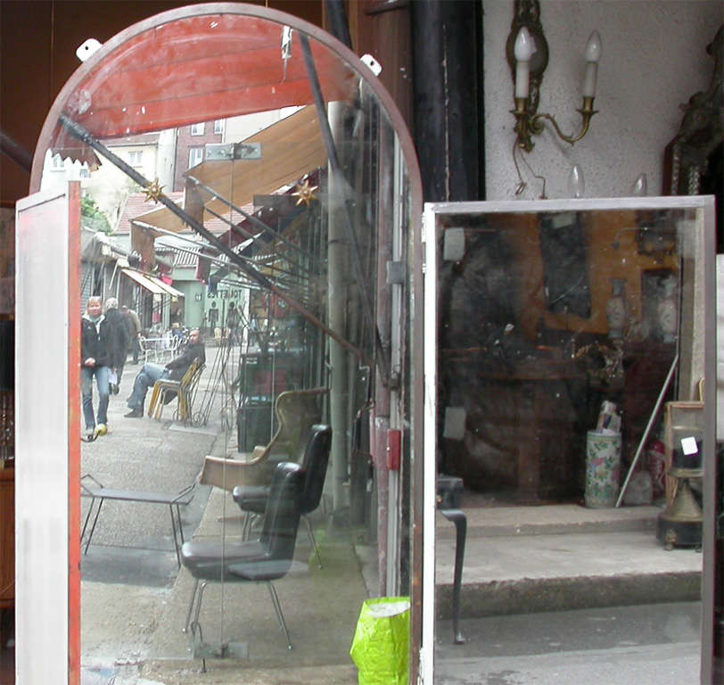 Mid-20th Century 1940s Iron and Mirror Three-Panel Screen For Sale