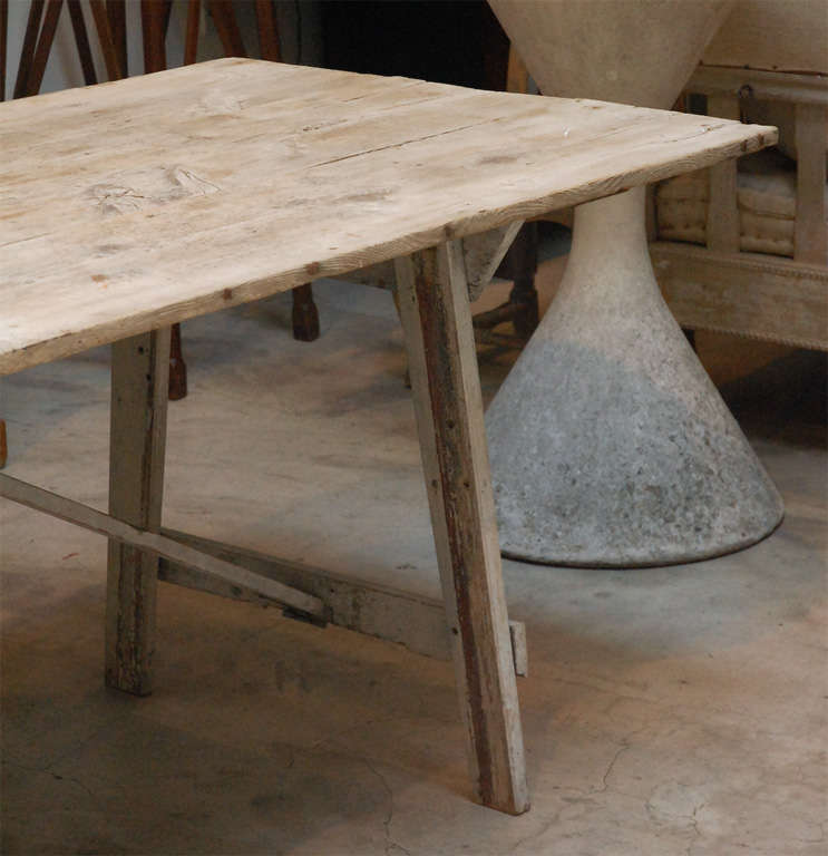 Early American Dining Table, New England At 1stdibs