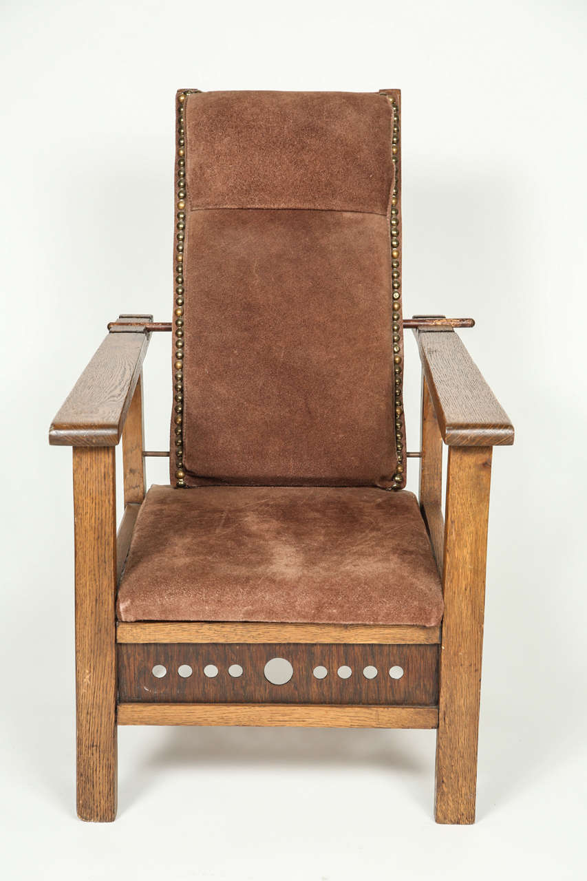 Antique Oak Child's Morris Chair, Newly upholstered. Circa 1910 - Antique Oak Child's Morris Chair For Sale At 1stdibs