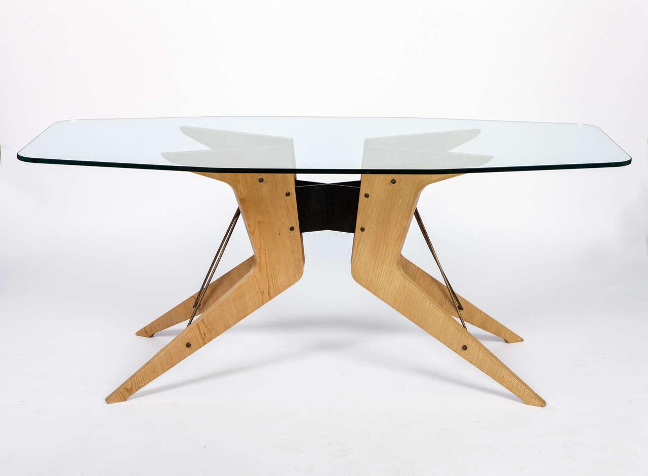 unique melchiorre bega dining table at 1stdibs. Black Bedroom Furniture Sets. Home Design Ideas