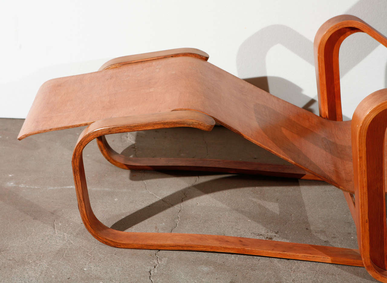 Marcel Breuer Long Chair at 1stdibs