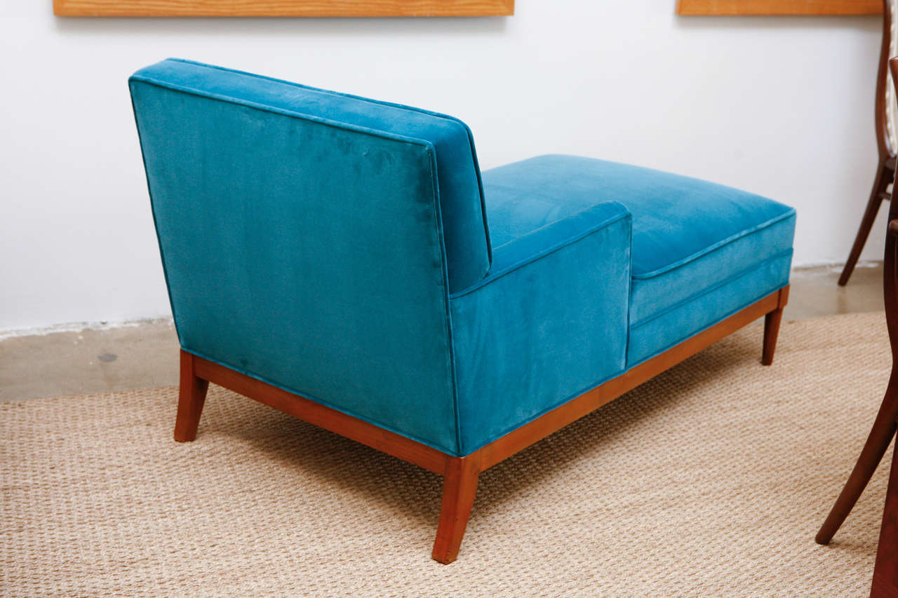 Mid century turquoise velvet chaise at 1stdibs for Chaise longue bleu turquoise