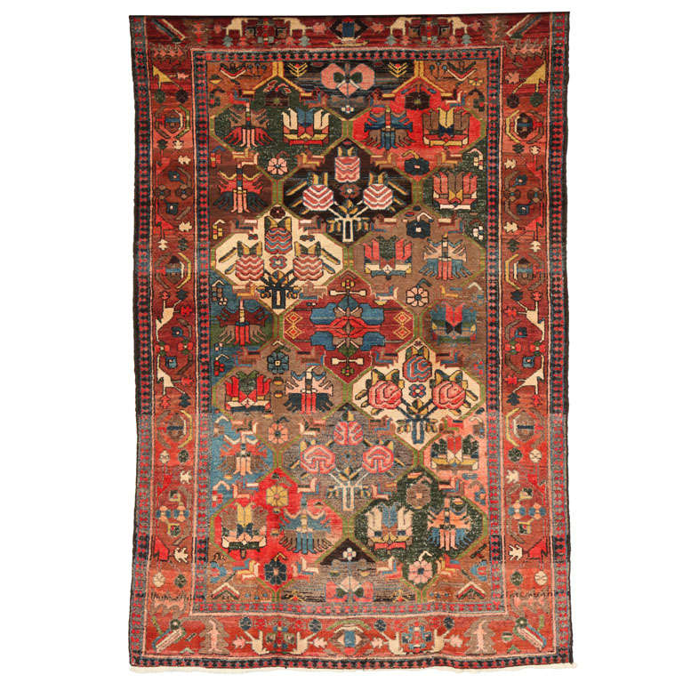 1920 Feredan Village Bakhtiari Rug with Hand-Knotted Wool Pile and Organic Dyes For Sale