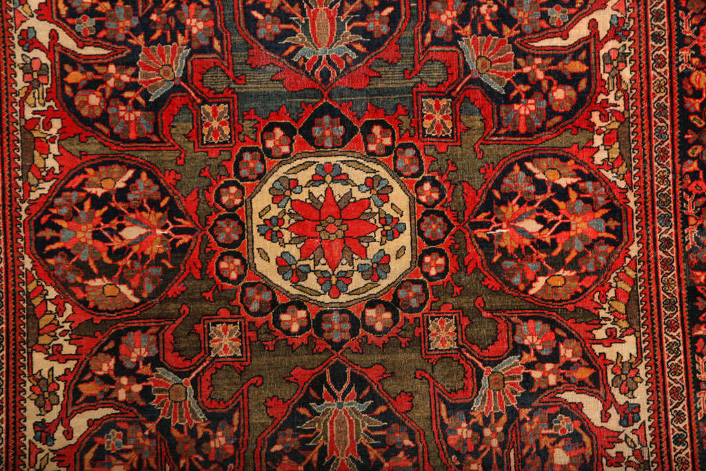 Hand-Knotted 1890 Persian Fereghan Rug with Handspun Wool and Organic Vegetable Dyes For Sale
