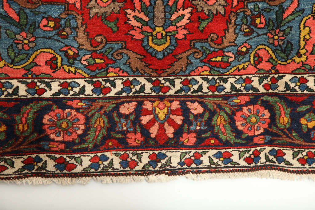 Early 20th Century 1920 Bibibaft Bakhtiari Carpet with Pure Wool Pile and Organic Vegetal Dyes For Sale