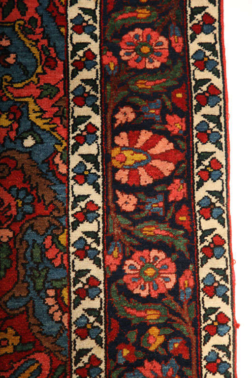 1920 Bibibaft Bakhtiari Carpet with Pure Wool Pile and Organic Vegetal Dyes For Sale 1