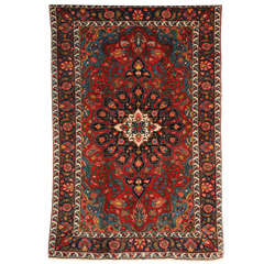 1920 Bibibaft Bakhtiari Carpet with Pure Wool Pile and Organic Vegetal Dyes