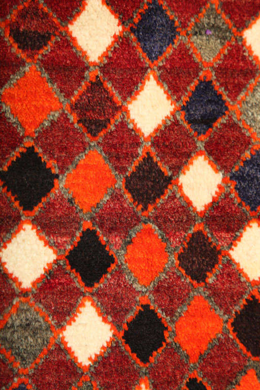 Mid-20th Century 1930 Persian Gabbeh Rug in Handspun Wool and Organic Vegetable Dyes For Sale