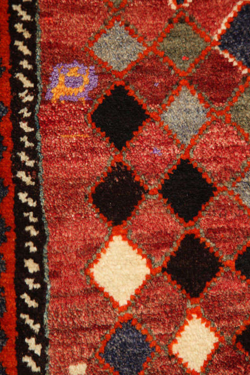 1930 Persian Gabbeh Rug in Handspun Wool and Organic Vegetable Dyes For Sale 3
