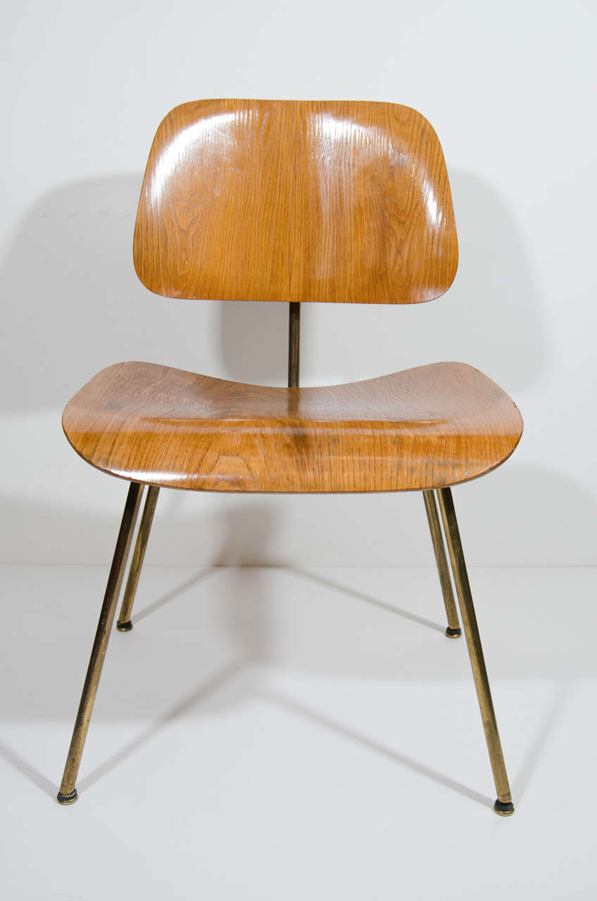 Set Of Four Original Bent And Molded Plywood Chairs With Exceptional Modern  Industrial Design. The