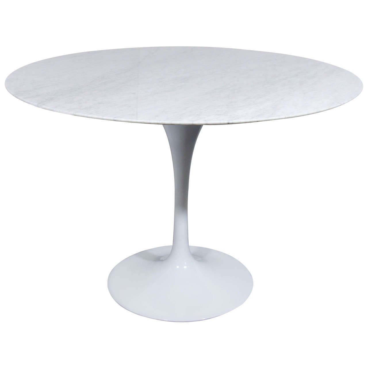 Tulip dining table in the manner of eero saarinen at 1stdibs for Tulip dining table