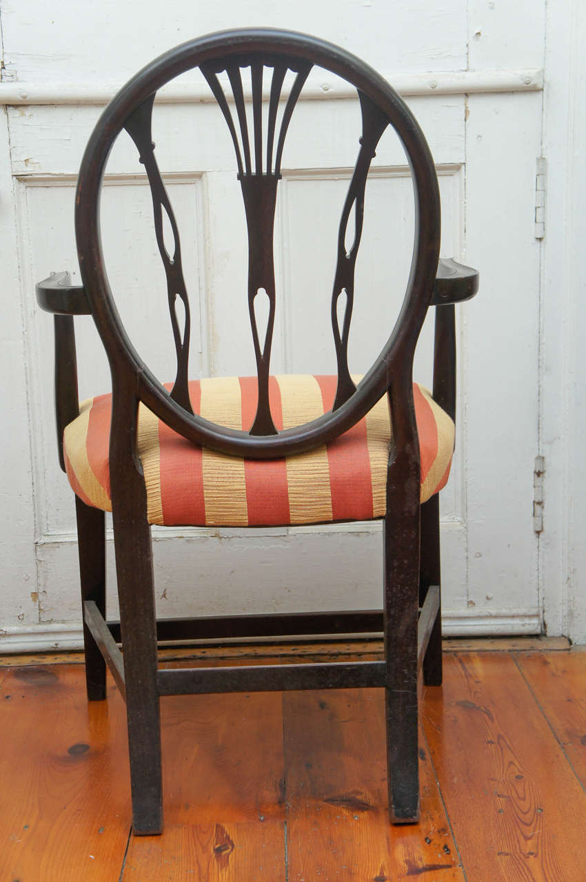 Hepplewhite-Style Ebonized Open-Armed Chair In Excellent Condition For Sale In Hudson, NY