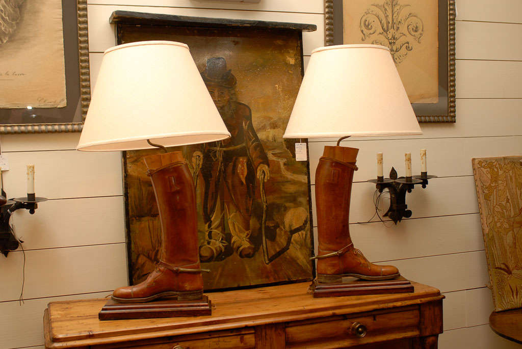 Pair of Vintage English Brown Leather Riding Boots Mounted as Table Lamps For Sale 3