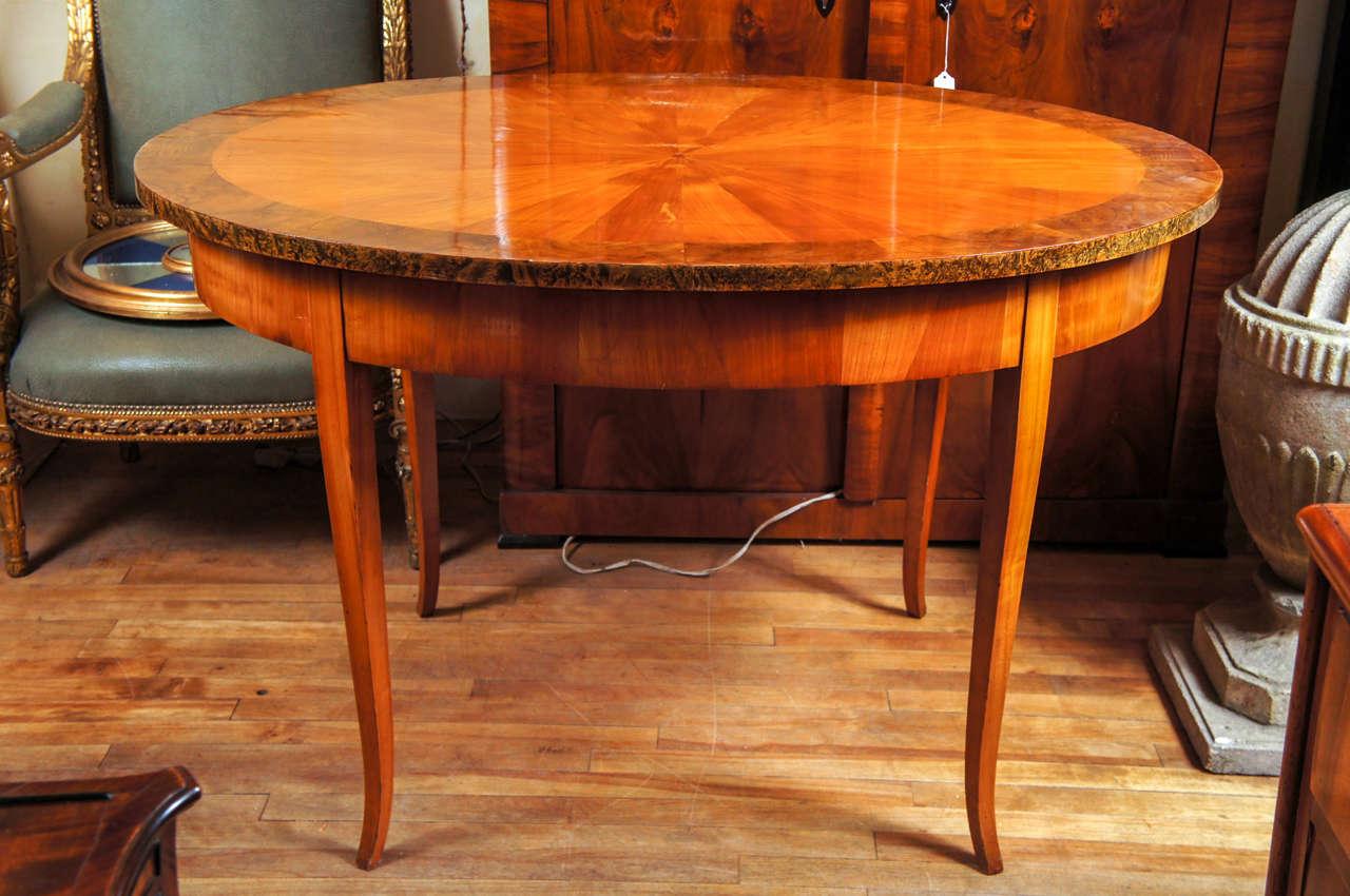 Fine 19th c austrian biedermeier oval center table at 1stdibs for Table th center