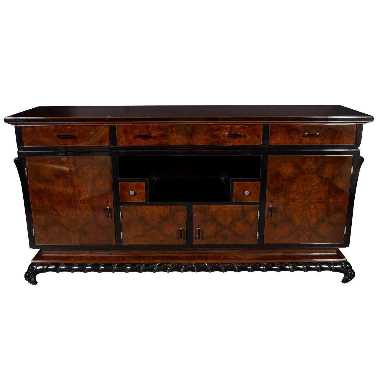 exceptional art deco sideboard in bookmatched burl walnut and central niche at 1stdibs. Black Bedroom Furniture Sets. Home Design Ideas