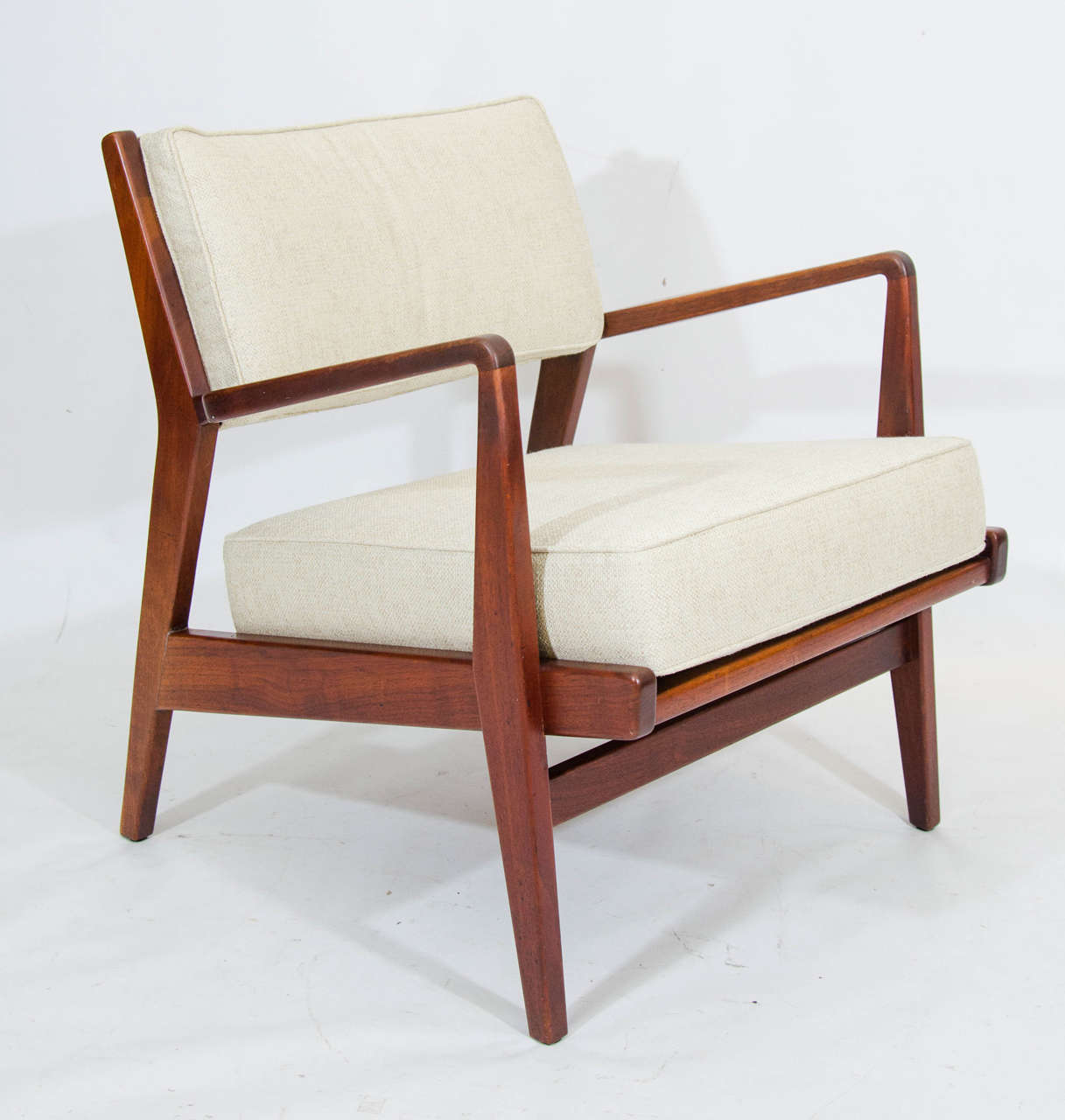 Jens risom lounge chair and ottoman at 1stdibs Iconic chair and ottoman