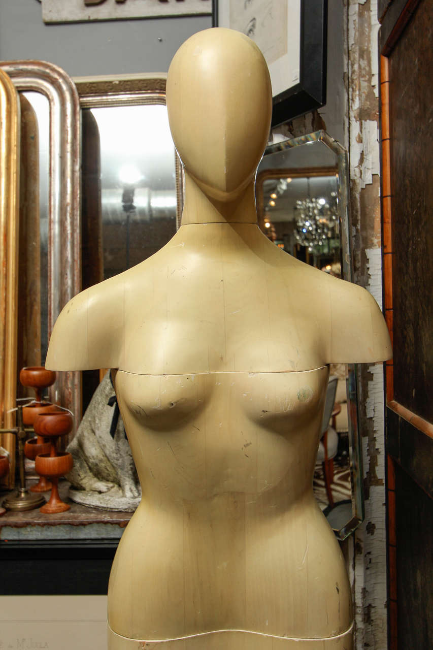 Life-Size Wood Sculpture of Female Form In Distressed Condition For Sale In Seattle, WA