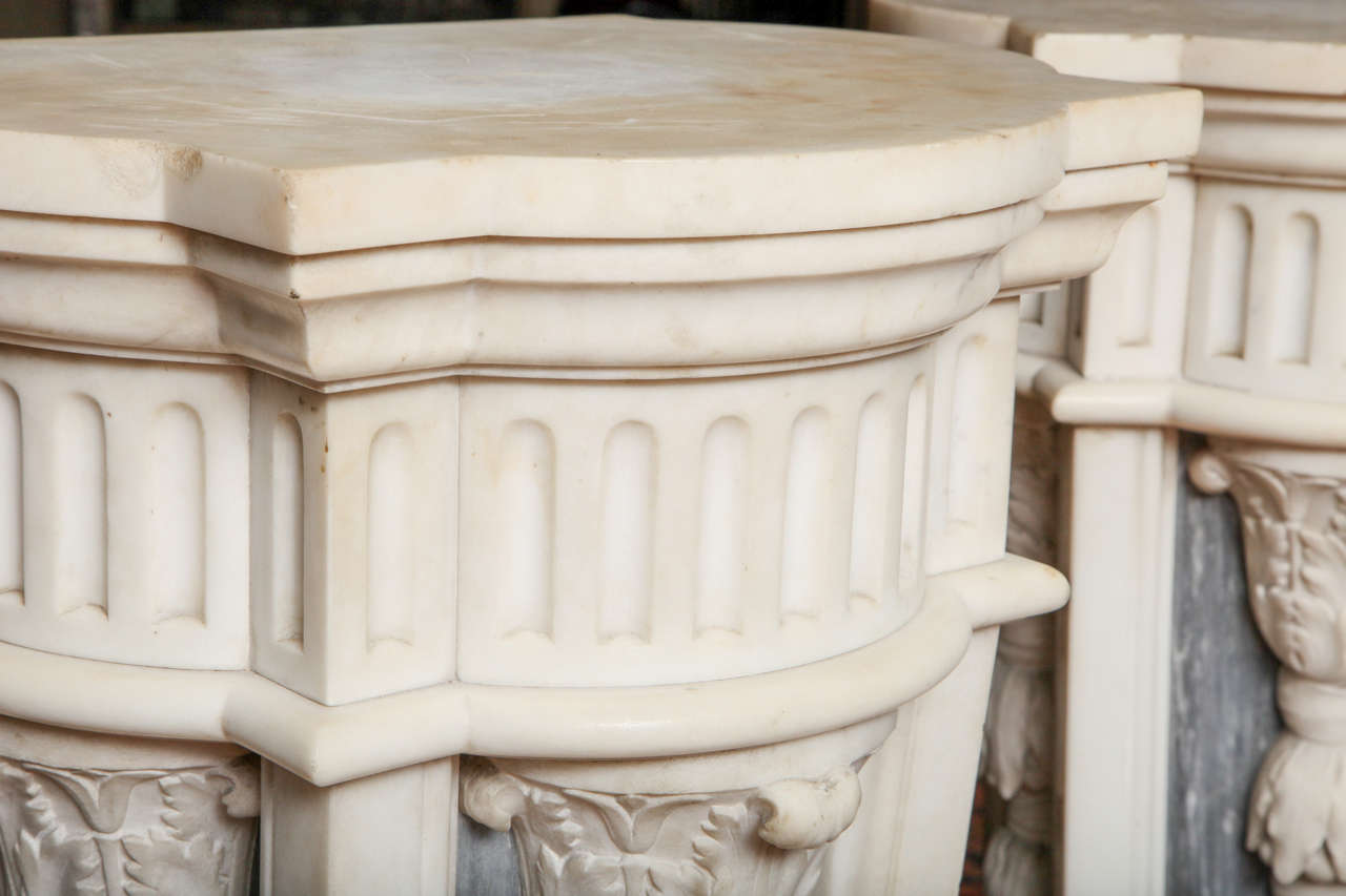 Pair of French Louis XVI Style, Two-Toned Carrera and Grey Marble Pedestals For Sale 2