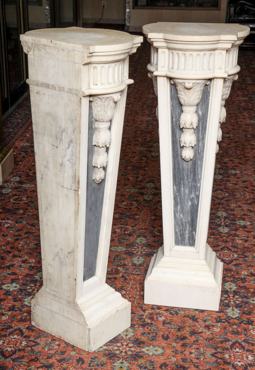 Pair of French Louis XVI Style, Two-Toned Carrera and Grey Marble Pedestals For Sale 5