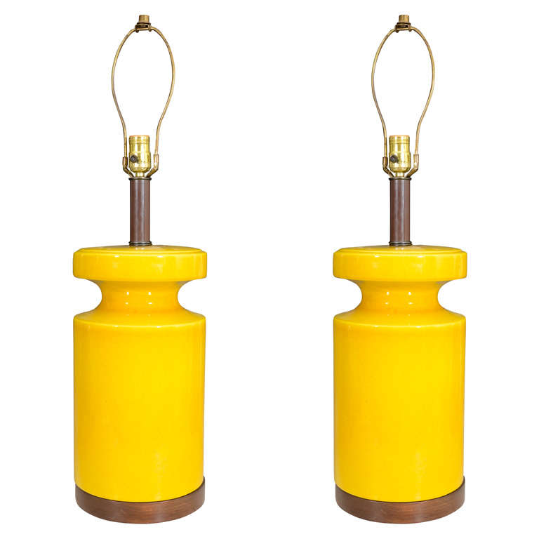 mid century ceramic table lamps with mustard yellow glaze. Black Bedroom Furniture Sets. Home Design Ideas