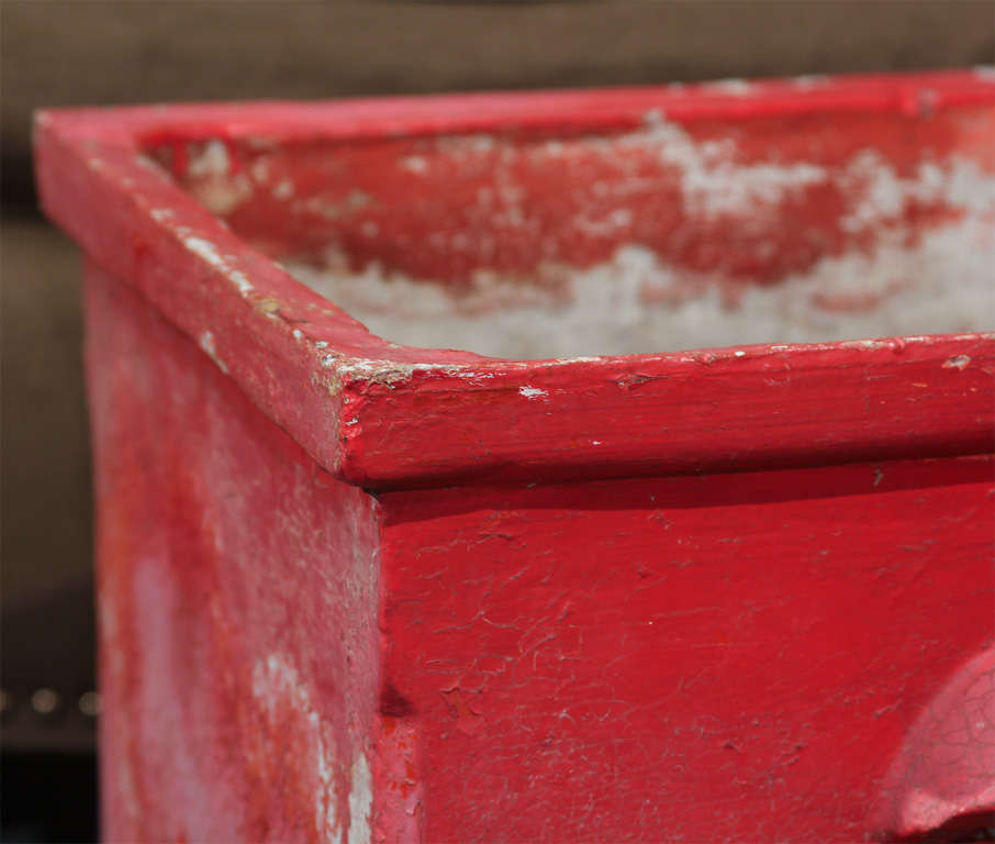 Red Planter from France In Good Condition For Sale In Seattle, WA