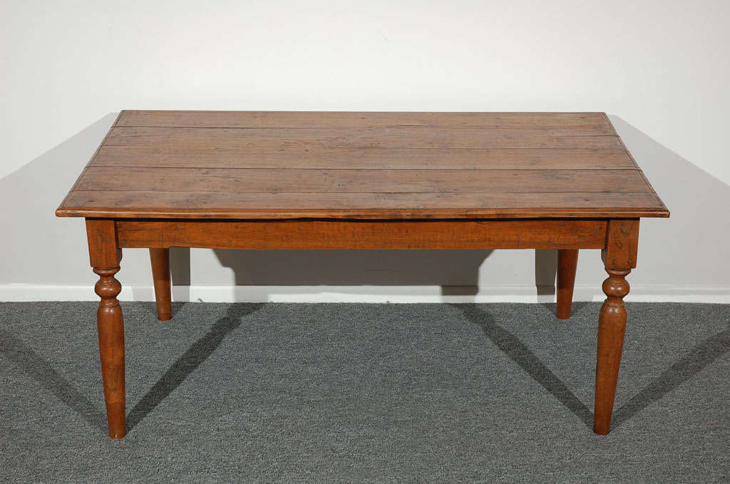 19thc Early Farm Coffee Table In Walnut Great Turned Legs At 1stdibs