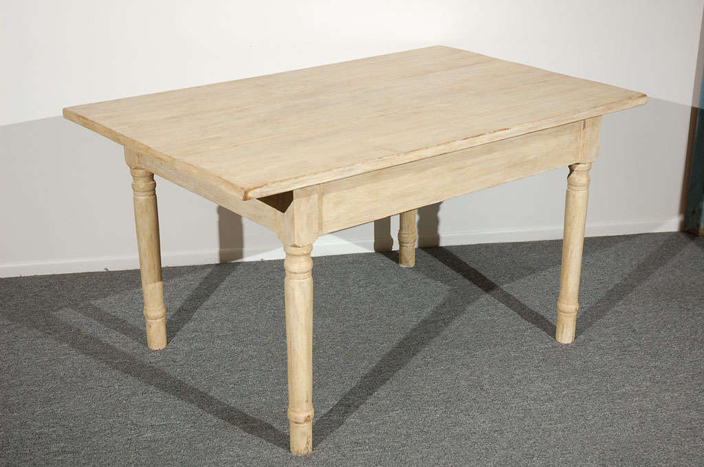 19THC  OYSTER PAINTED/THREE BOARD TOP FARM TABLE 7