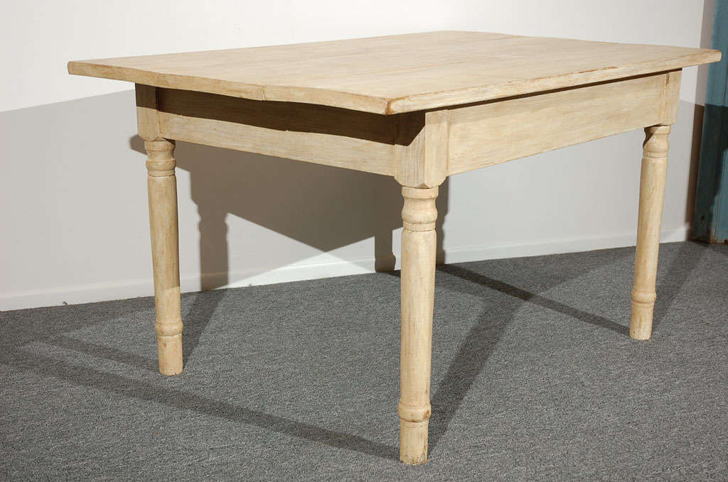 19THC  OYSTER PAINTED/THREE BOARD TOP FARM TABLE 8