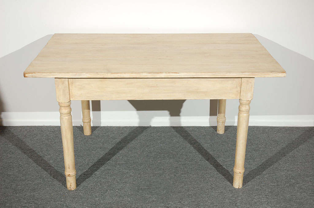19THC  OYSTER PAINTED/THREE BOARD TOP FARM TABLE 2