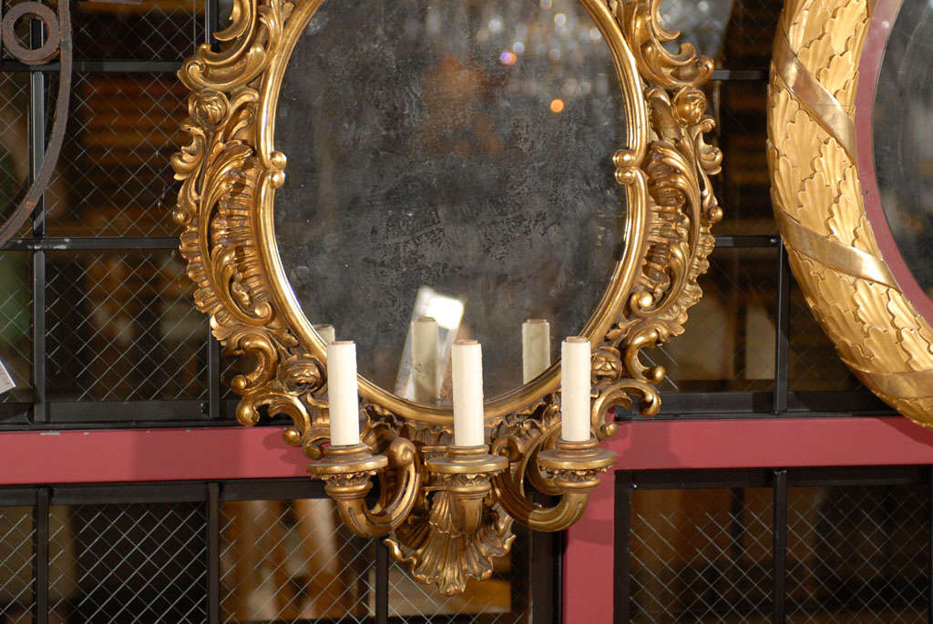 19th Century Pair of mirrored sconces For Sale