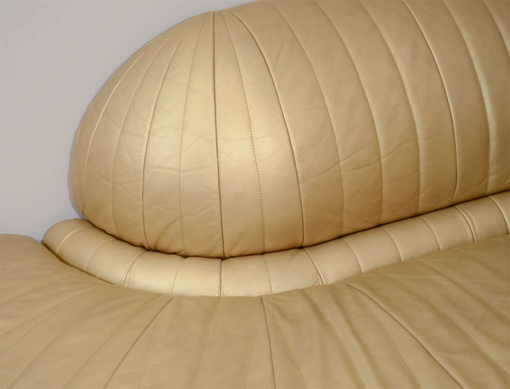 Vintage art deco gold leather corner chaise lounge at 1stdibs for Art nouveau chaise lounge