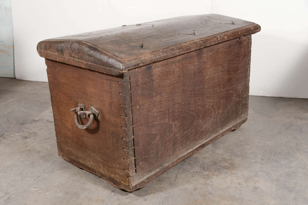 17th Century Spanish Walnut Trunk with Original Hardware For Sale 2